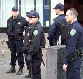 cops wearing bdus